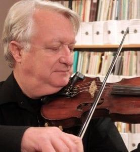 Mitch Fanning, violinist and Irish fiddler